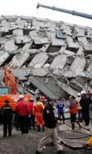 Suben a 23 los muertos por terremoto en Taiwán