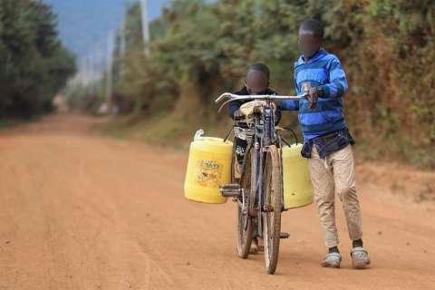 La FAO considera que invertir en fuentes no convencionales de agua, como la reutilización del agua y la desalinización, puede compensar la escasez. EFE