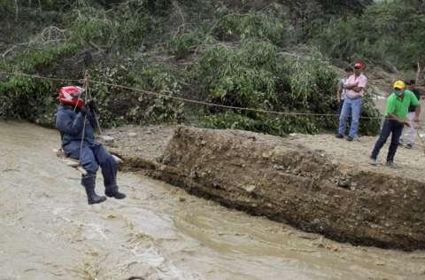 La situación de los damnificados es cada día más crítica. FOTO/EFE