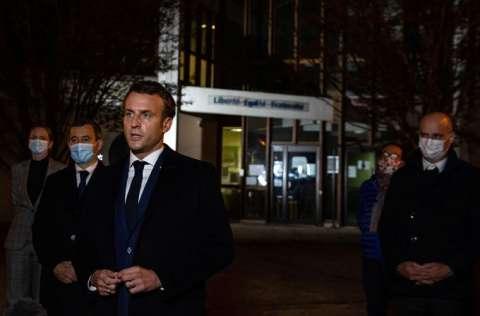 El presidente francés Emmanuel Macron, puntualizó que se requiere de una acción para evitar actos de violencia. FOTO/EFE