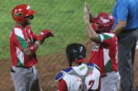 Chiriquí tuvo una excelente serie semifinal ante Coclé tanto en el aspecto ofensivo, defensivo y en el cuerpo de lanzadores. Foto: Fedebeis