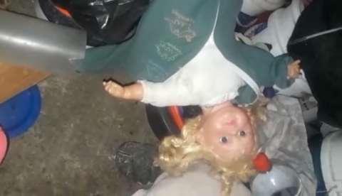 """La mujer acompañó el video que publicó en su muro con un mensaje en el que inició diciendo """"Algo rarísimo le pasó a una tía"""","""