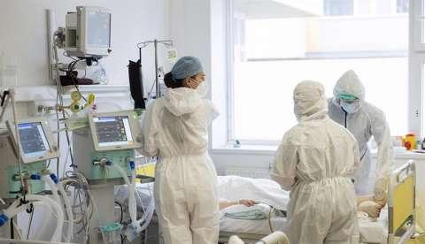 Los casos globales de la enfermedad rozan por su parte los 60 millones. EFE