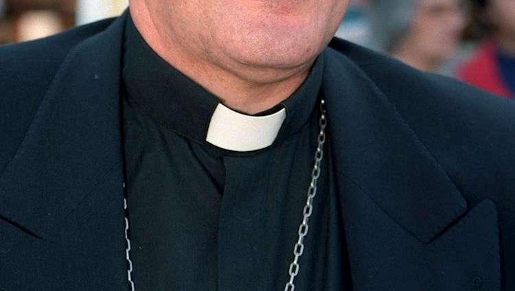 """El obispo John Barres aseguró que la decisión no fue """"tomada a la ligera"""" y consideró que """"es la mejor vía para asegurar justicia."""