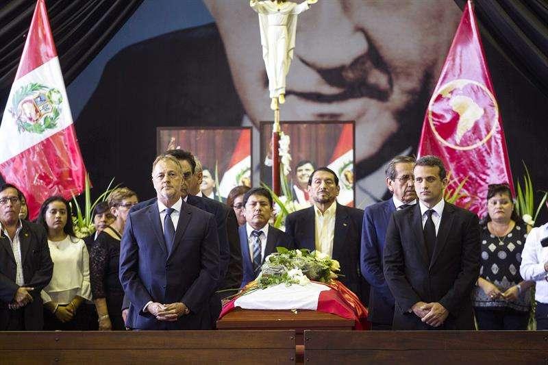 Sepelio del expresidente Alan García. Foto/ EFE