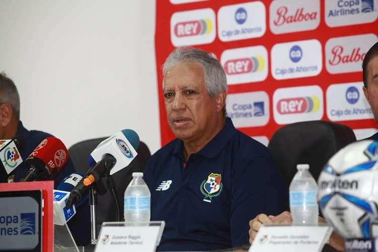 Gallego dijo que nunca pasó por su mente irse del banquillo tricolor. Foto: Anayansi Gamez
