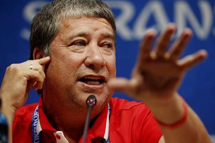 """El entrenador de Panamá Hernán """"Bolillo"""" Gómez participa en una rueda de prensa./EFE"""