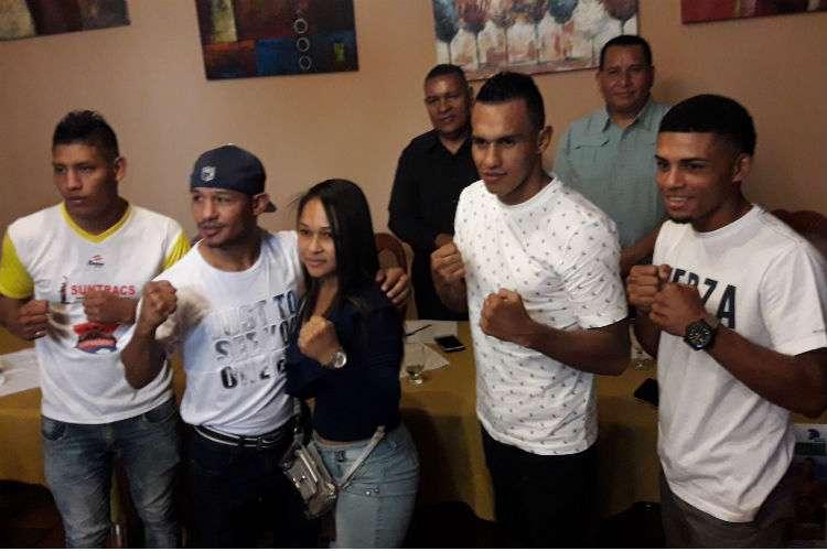 """Algunos de los boxeadores que forman parte de la cartilla """"Boxeo de Clase Mundial"""", la cual se realizará en Boquete, Chiriquí. Foto: Mayra Madrid"""