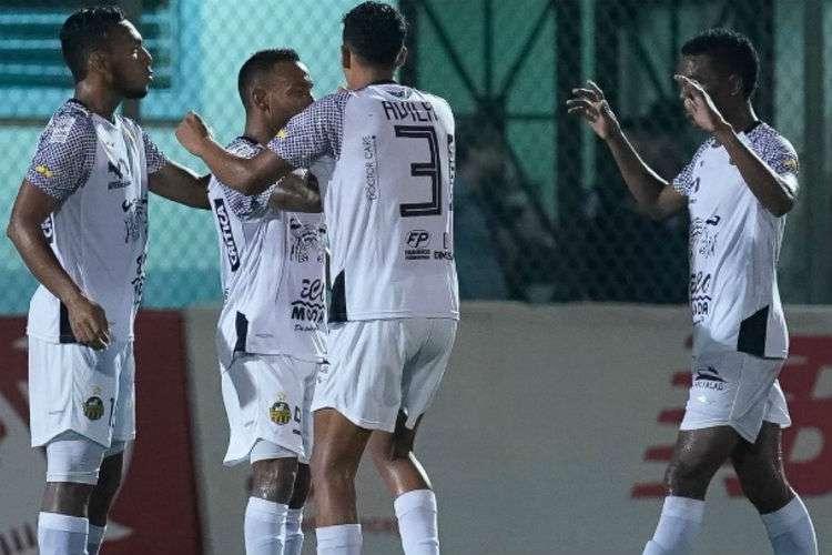 Jugadores del CAI celebran uno de los goles anotados ante el San Francisco. Foto: Liga Panameña de Fútbol