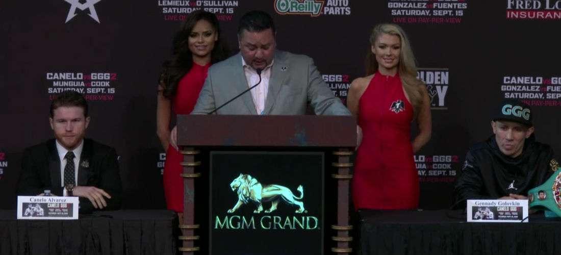 """Saúl """"Canelo"""" Álvarez (izq.) y Gennady Golovkin durante la conferencia de prensa de hoy miércoles en Las Vegas."""