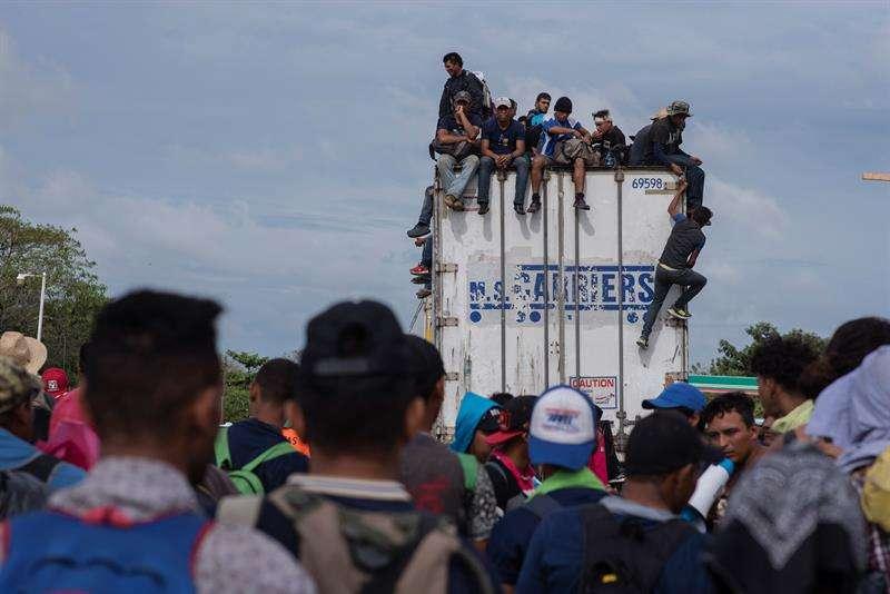 En la imagen, miembros de la caravana migrante. EFE/Archivo