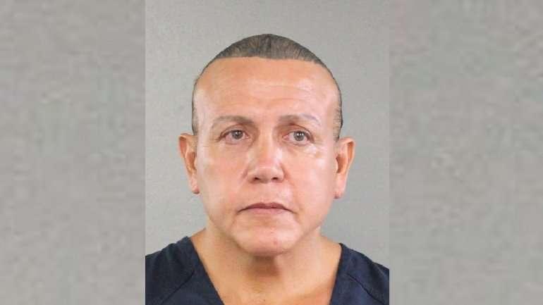 Esta fotografía del 30 de agosto de 2015 se publicó en la oficina policial del condado. Broward muestra a Cesar Sayoc en Miami. Donald Trump, de acuerdo con las autoridades. (Oficina policial del condado Broward vía AP, archivo)
