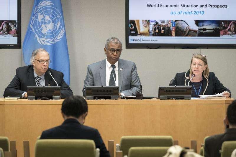 Conferencia de prensa sobre la situación económica mundial hoy martes en la sede del organismo en Nueva York (Estados Unidos). EFE/ONU