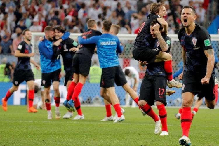 Jugadores de Croacia celebran el triunfo. Foto. AP