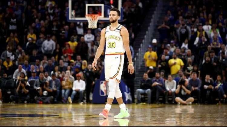 El base estelar de los Warriors de Golden State, Stephen Curry.