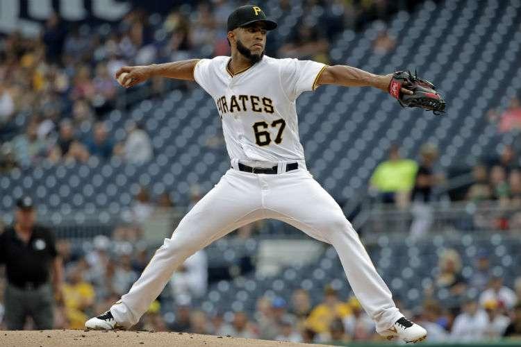 Darío Agrazal, lanzador de los Piratas de Pittsburgh. Foto: AP