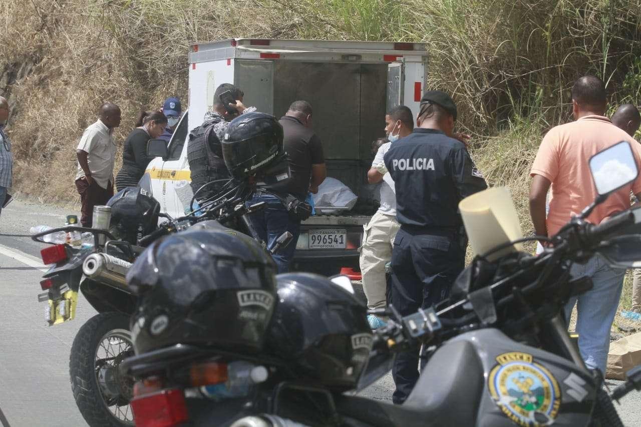 La diligencia de levantamiento del cadáver demoró varias horas. Foto: Edwards Santos