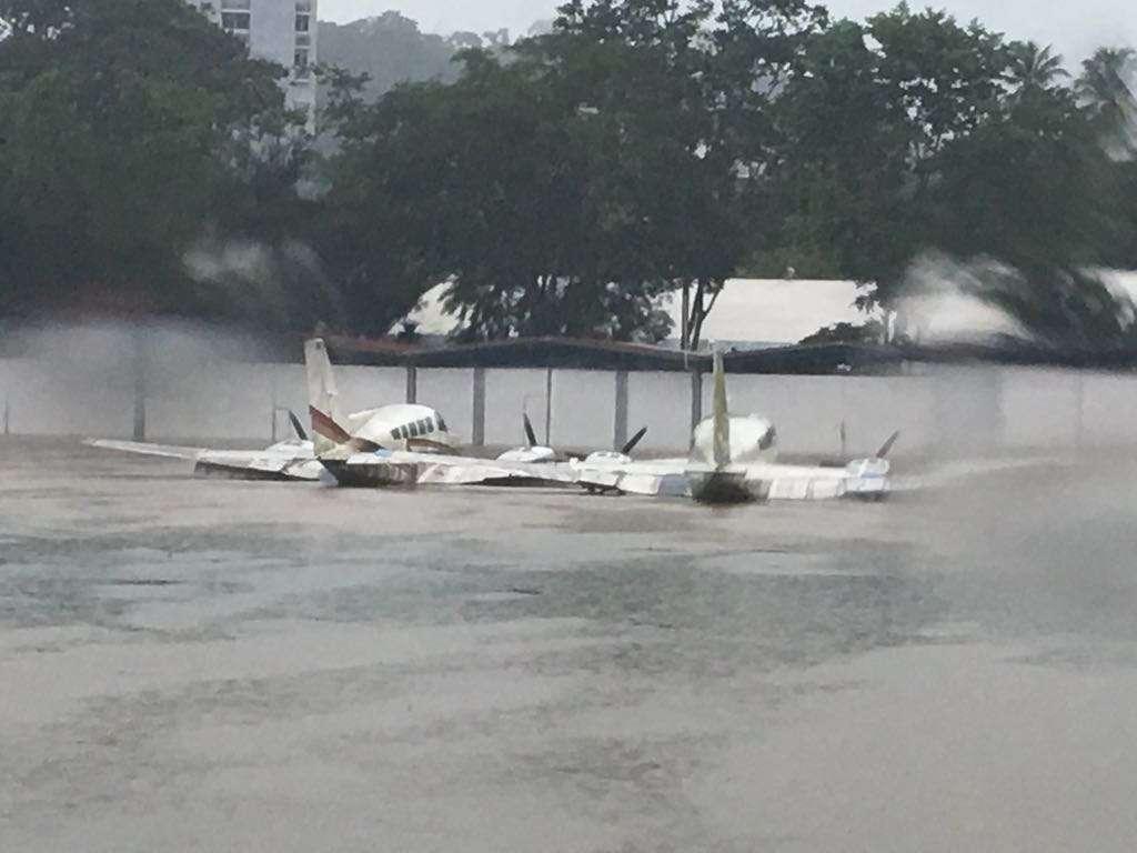 El aeropuerto Internacional del Albrook también se inundó. Foto: Trafico Panamá