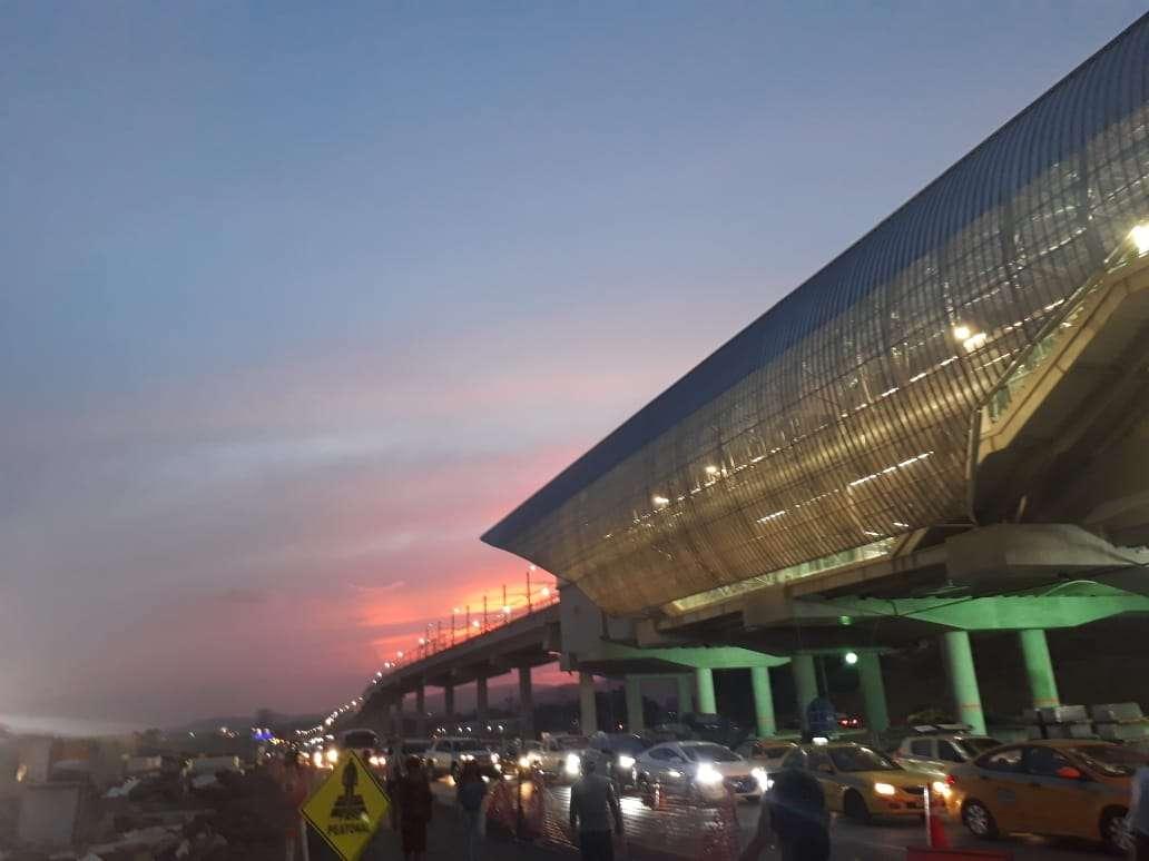 Vista nocturna de la estación Nuevo Tocumen. Foto: Rocío Martins