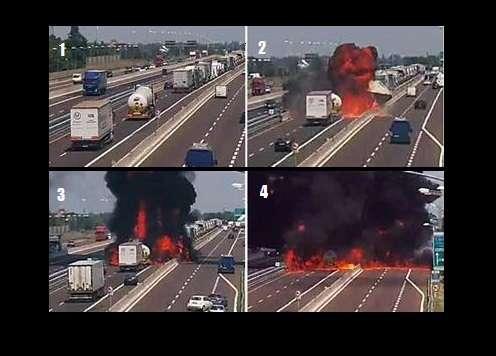 Cámaras de Autostrade per l'Italia, captaron el momento el momento del impacto la posterior explosión en una autopista en Bolonia, Italia. EFE
