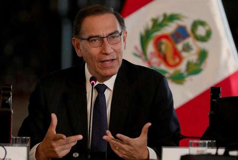 Fiscalía pide impedimento de salida del Perú para el expresidente Martín Vizcarra. EFE