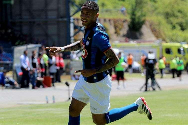 Gabriel Torres jugó para el Huachipato, también de la Primera División del Fútbol Chileno.