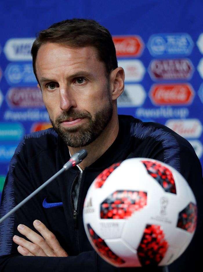El entrenador de Inglaterra, Gareth Southgate, asiste a una conferencia de prensa en Samara. Foto EFE