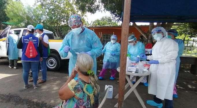 En el sitio se realizaron 150 pruebas rápidas de antígeno, las cuales fueron procesadas en el sitio para dar respuesta inmediata a la población.