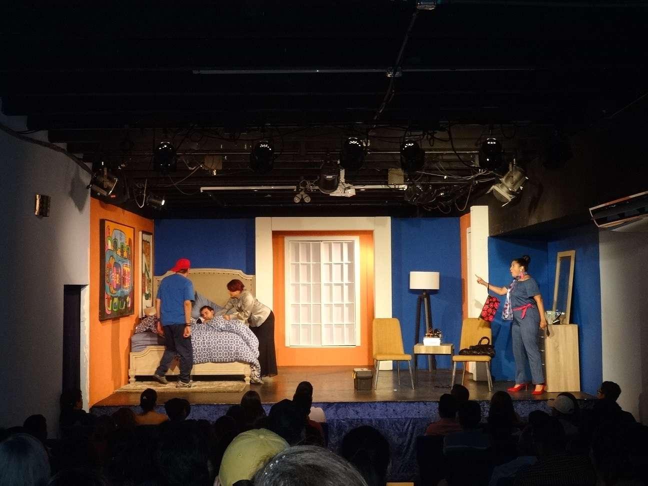 Puesta en escena de grupo Tragaluz, con libreto de Daniel Gómez Nates. Foto: Rosalina Orocú