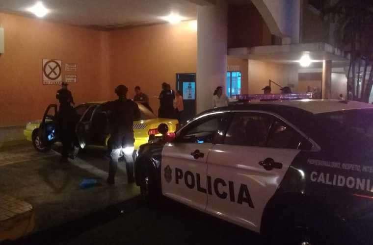 Momento en que llegaban al Hospital Santo Tomás. Foto: Cortesía