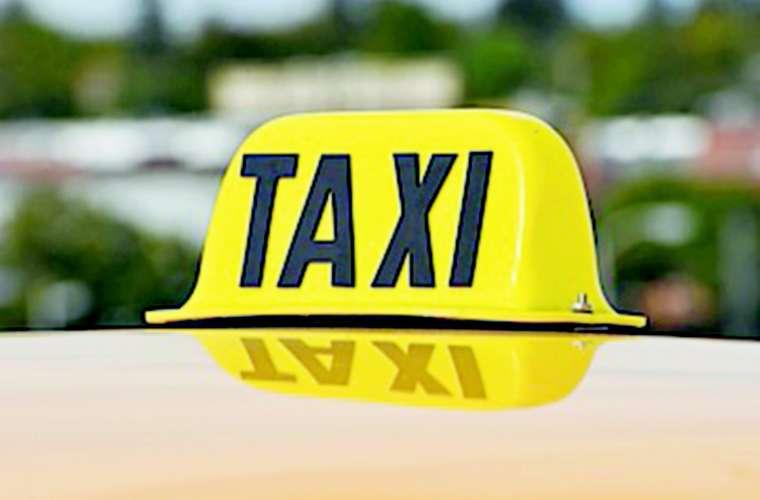 El taxista tuvo que seguir las instrucciones de los asaltantes. Foto: Ilustrativa