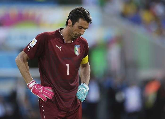 Gianluigi Buffon lamenta que Italia quedará fuera del Mundial. Foto: AP