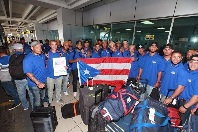 Los puertorriqueños a su llegada a Panamá./ Foto Anayansi Gamez