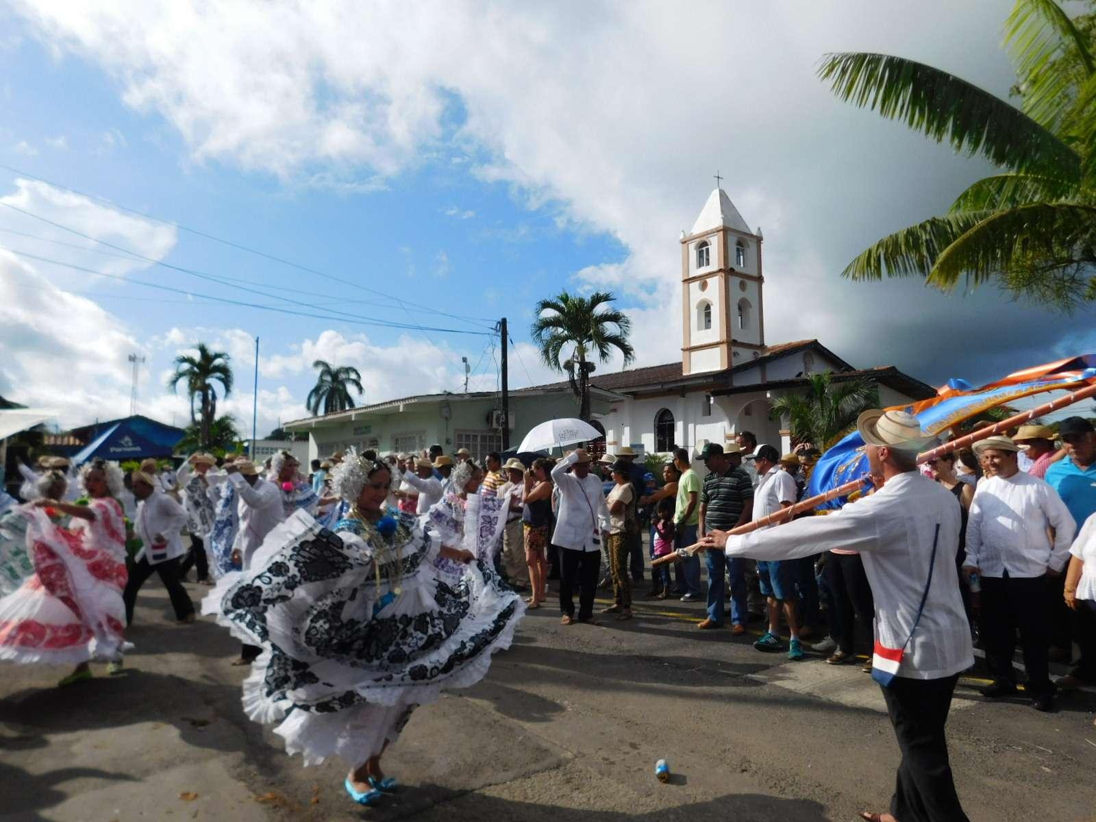 Pedasí celebró XV del Desfile de carretas.  /  Foto: Zenaida Vásquez