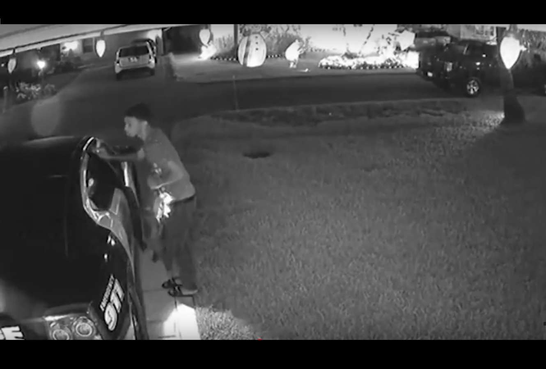 El suceso quedó grabado en video que servirá para identificarlo.