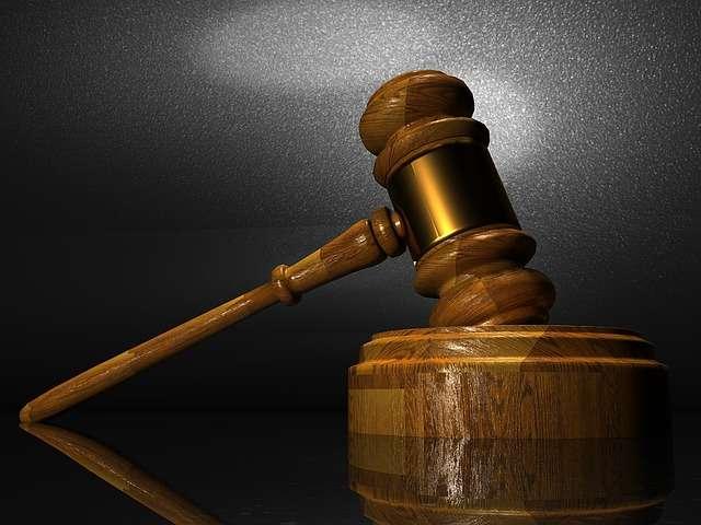 El sindicado también fue inhabilitado para portar arma de fuego por cinco años, una vez cumplida la pena principal.  /  Foto: Pixabay Ilustrativa