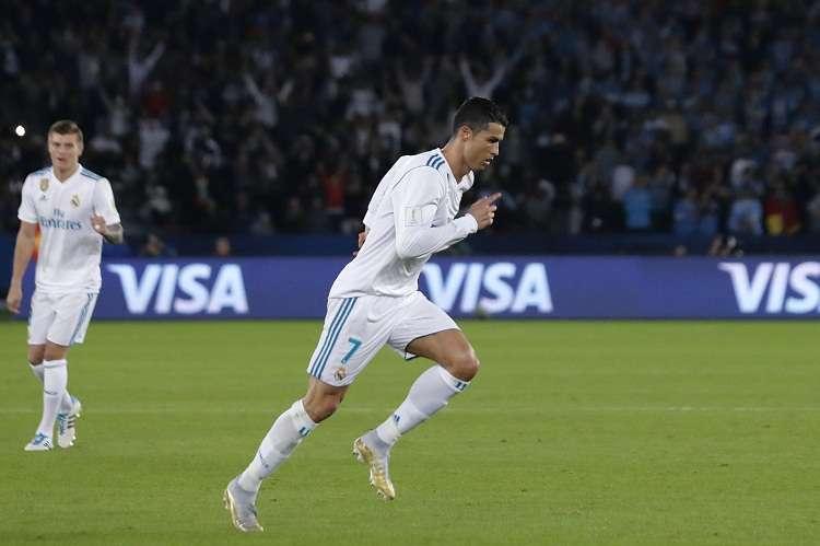 Cristiano Ronaldo se ejercitó con el grupo. Foto: AP