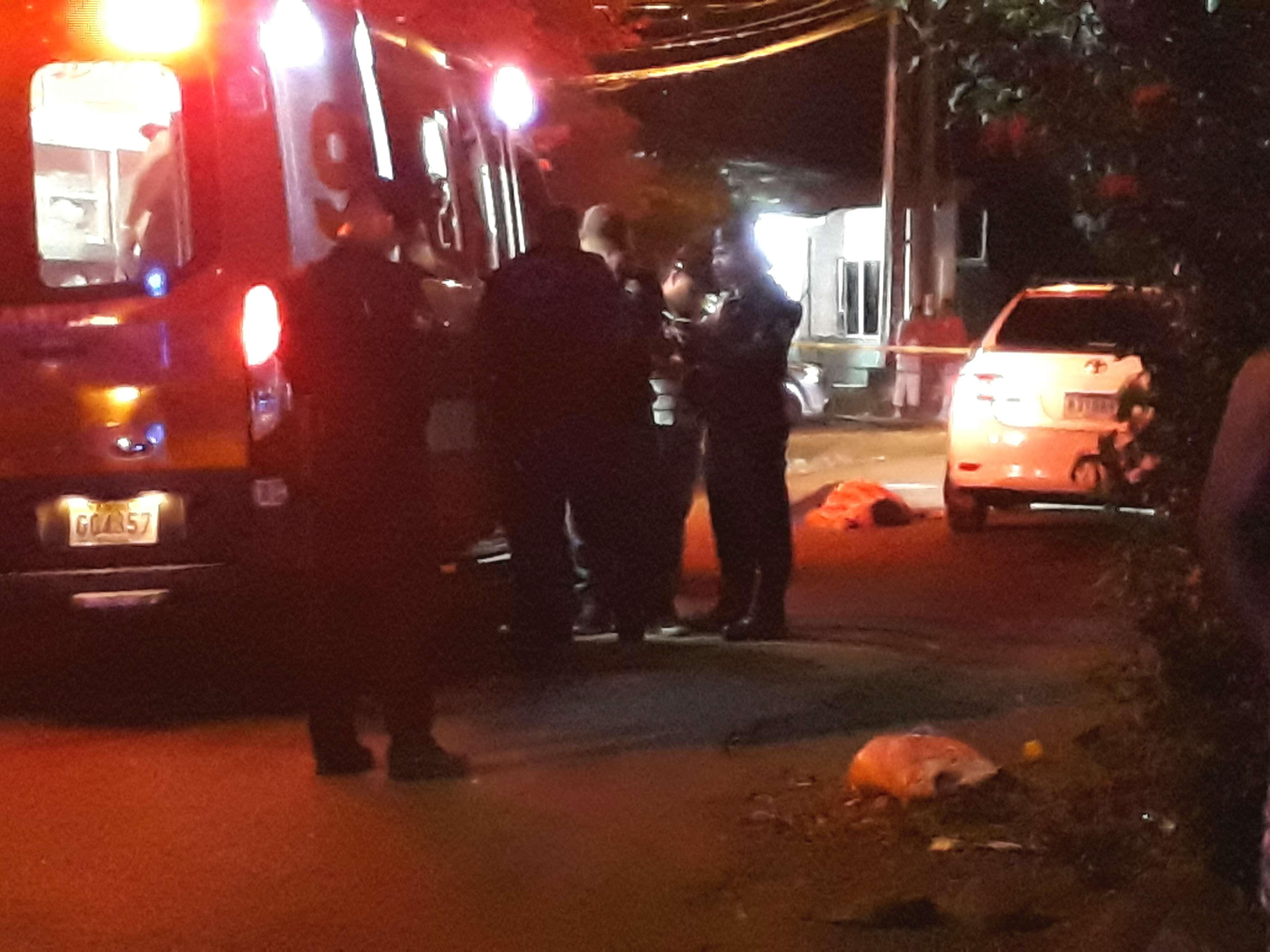 Las autoridades no descartan que el móvil del homicidio haya sido el robo, ya que los dos asaltantes tomaron varios sobres del auto al momento que asesinato. / Foto: José Vásquez