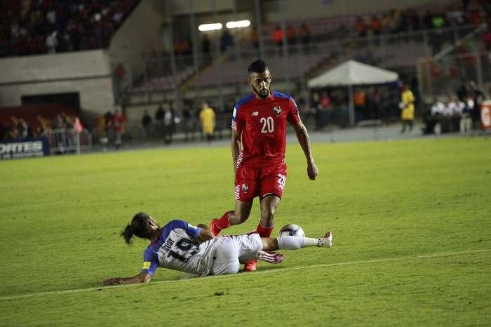 Aníbal Godoy, volante de la selección de Panamá/ EFE