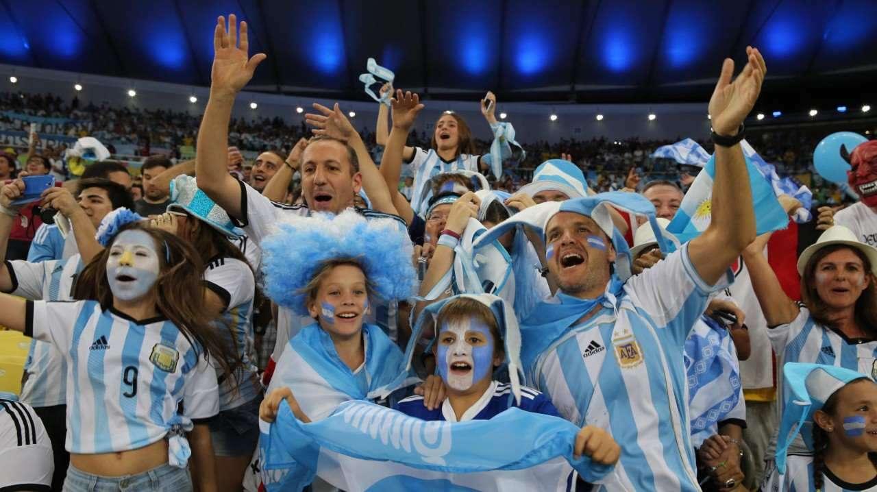 La hinchada argentina espera ver a su selección triunfar este 2018/AP