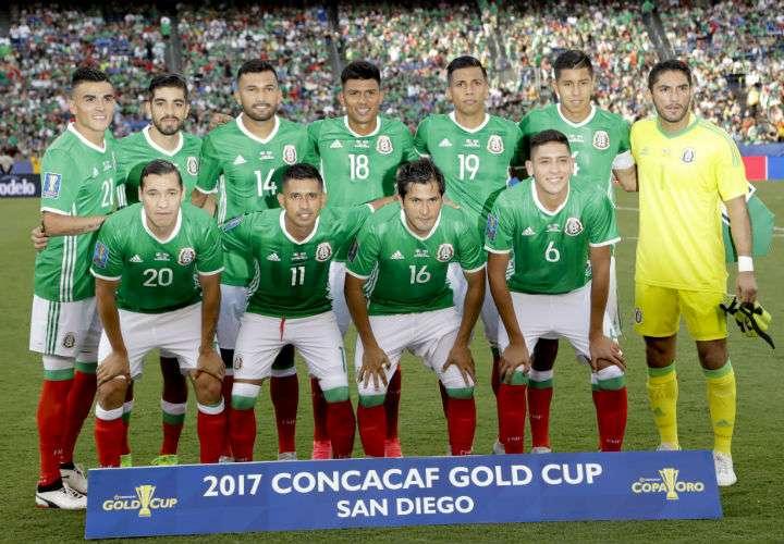 """México es la selección de la Concacaf mejor clasificada en el """"ranking"""" de la Fifa. Foto AP"""