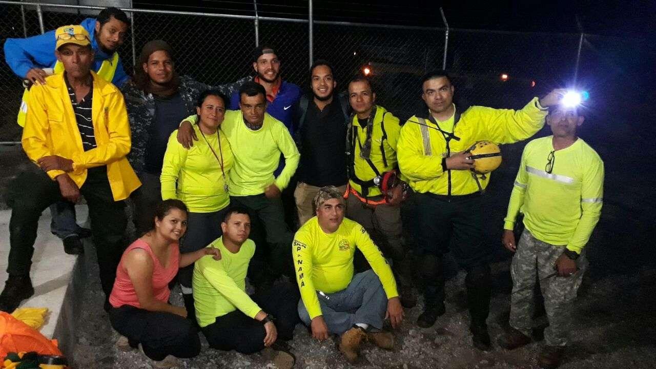 El rescate de los excursionista, todos panameños, se dio pasada las 11:00 de la noche de este sábado.  /  Foto: Mayra Madrid