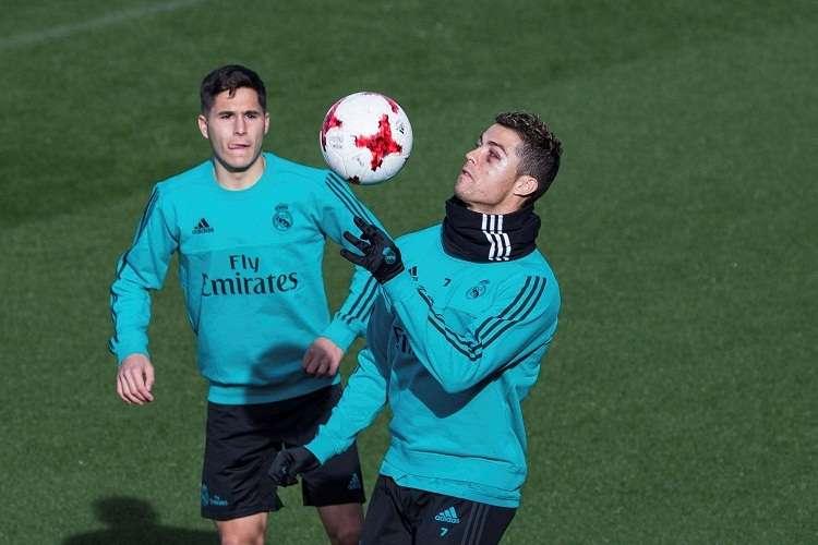ristiano Ronaldo, durante el entrenamiento del conjunto merengue esta mañana. Foto: EFE
