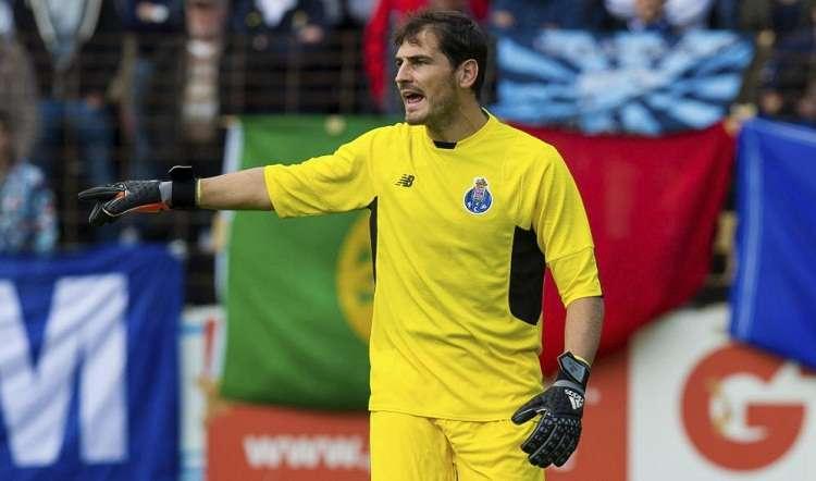 Casillas perdió su puesto a finales en detrimento del joven José Sá. Foto: EFE