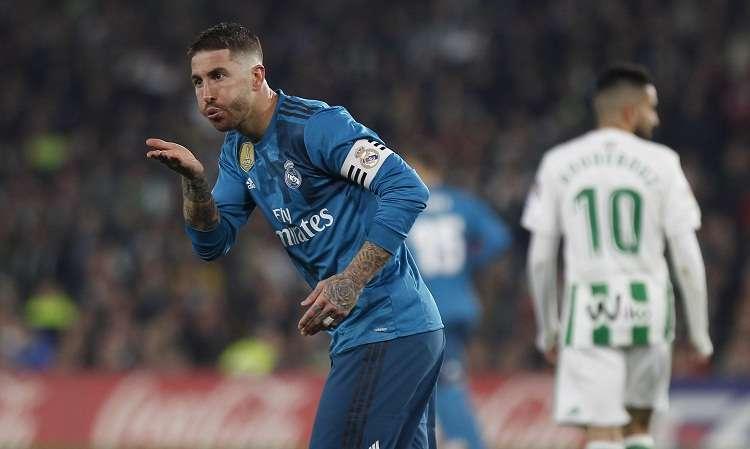Sergio Ramos celebra su anotación ante el Real Betis. Foto: AP