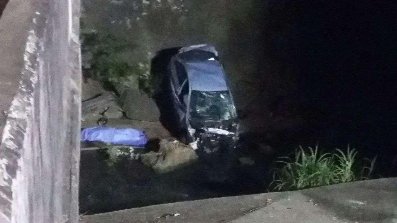 Autoridades investigan las causas del fatal suceso de tránsito.  Foto: Edwards Santos