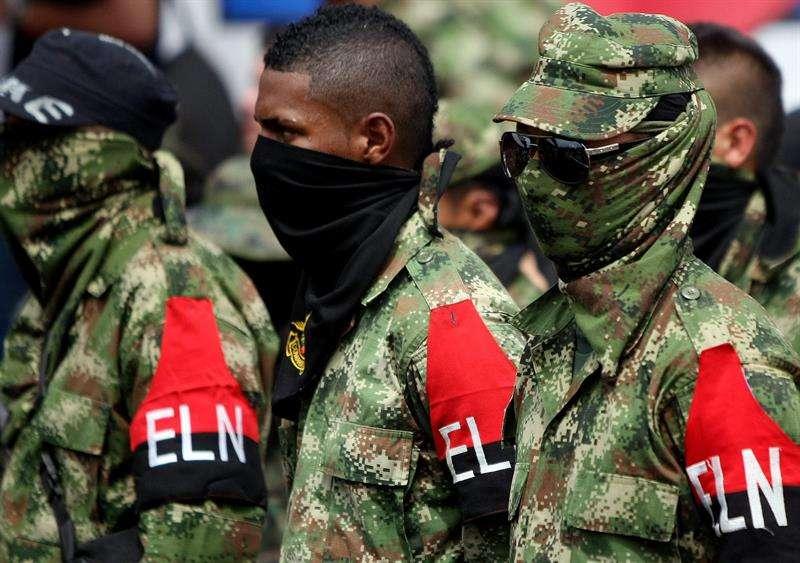 El operativo comenzó en la tarde del lunes en límites de los municipios de Cáceres y Anorí (Antioquia), e incluyó un bombardeo de la Fuerza Aérea y la posterior incursión de unidades de Asalto Aéreo del Ejército. EFE Archivo