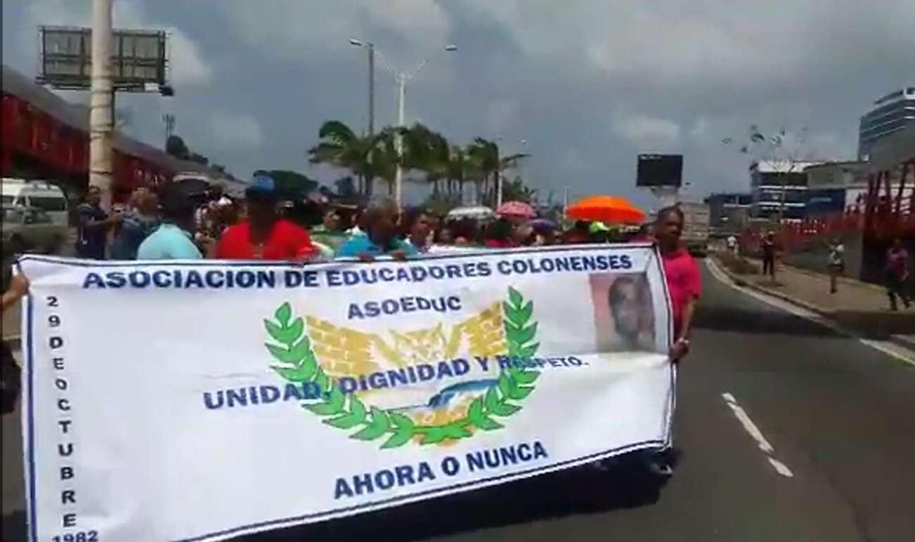La manifestación de los docentes se realizó de forma pacífica.