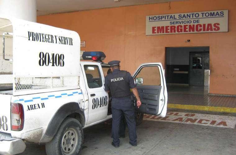 Vista general del área de ingreso al cuarto de urgencia del hospital Santo Tomás.  Foto: Archivo