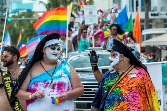 Marcha gay en Miami. EFE